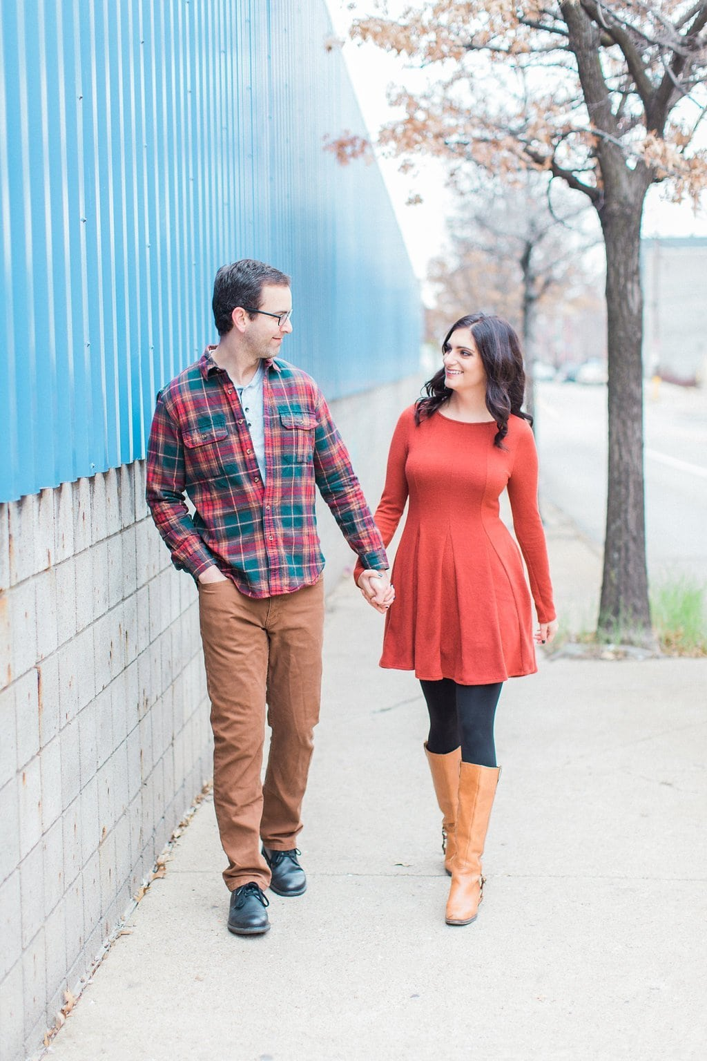 Couple walking on the streets of Pittsburgh's South Side
