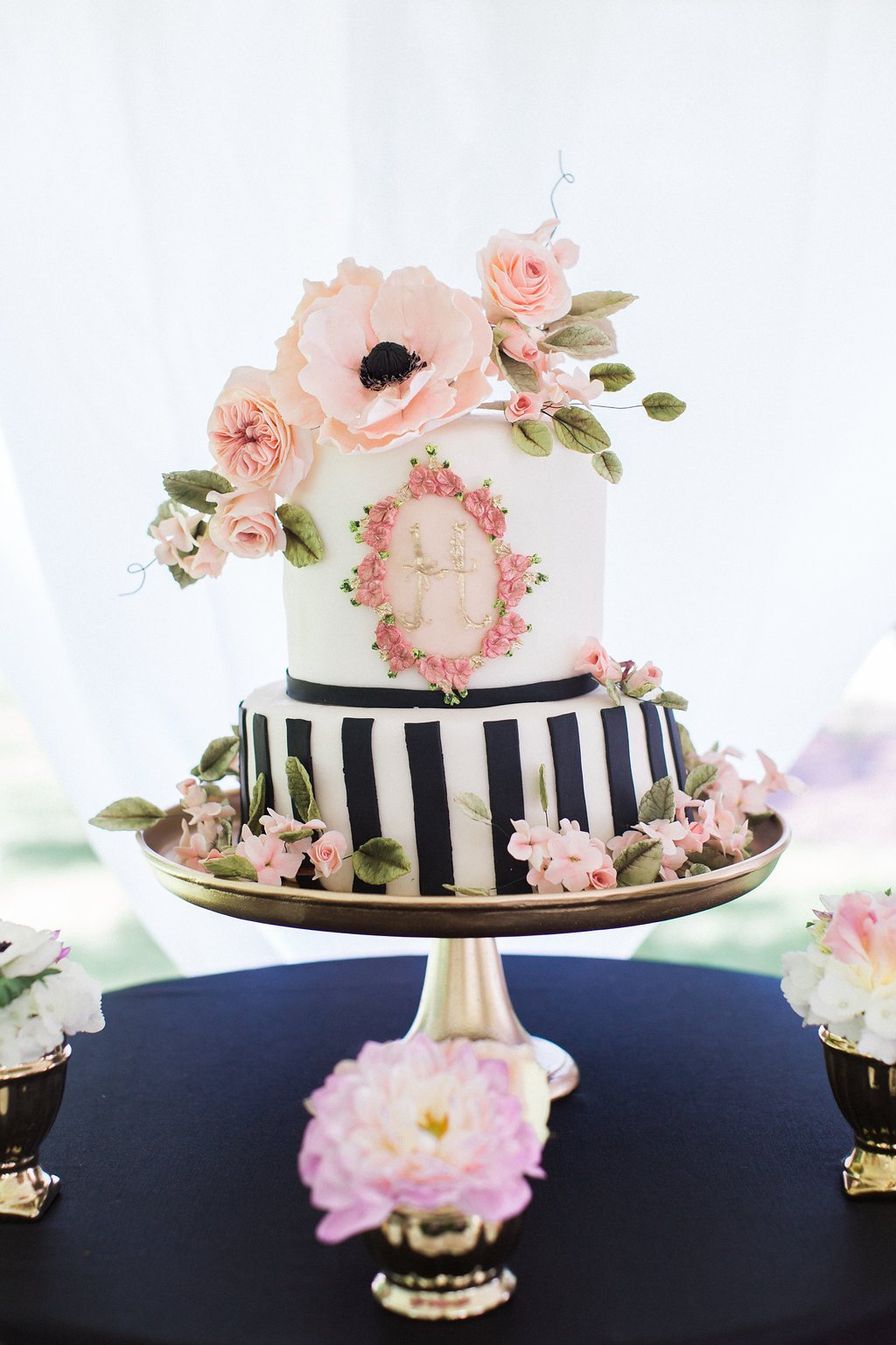 black and white cake with pink fondant flowers at kate spade inspired bridal shower - Black & White Kate Spade Inspired Bridal Shower