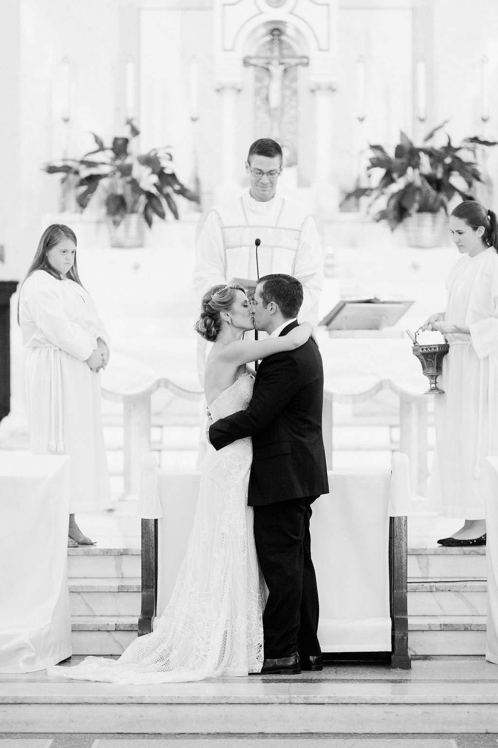 Bride and Groom first kiss at ceremony - 1920's inspired wedding Grand Concourse
