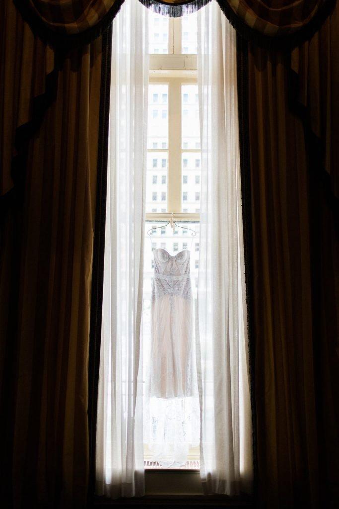 Rue de Siene 1920's inspired wedding dress at the Omni William Penn Hotel