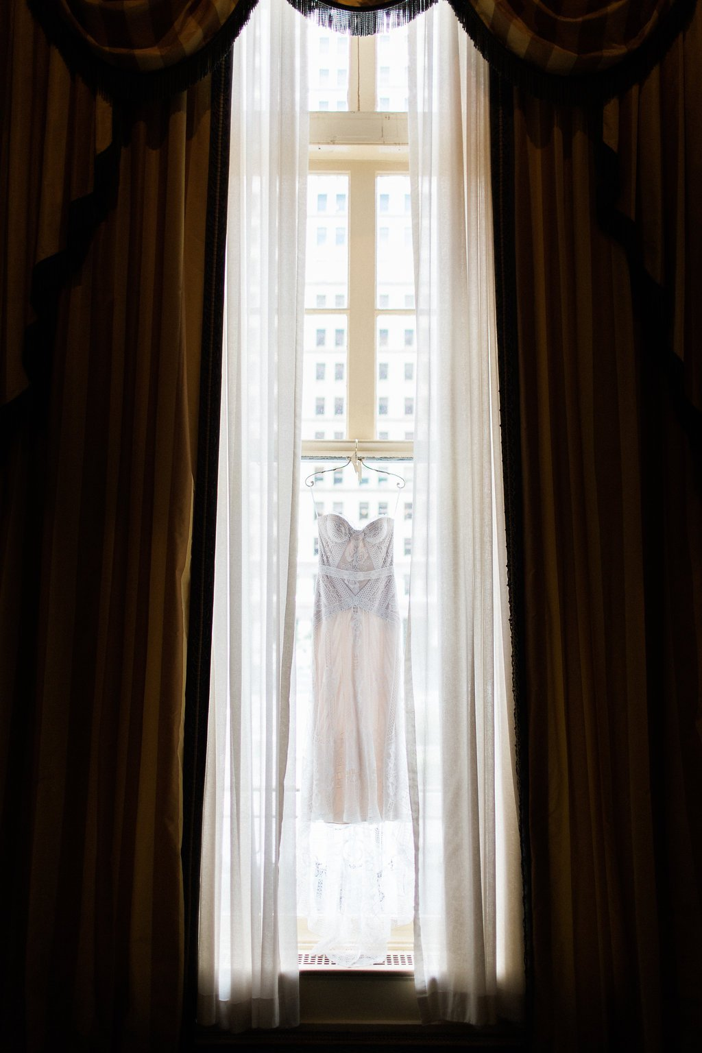 Rue de Siene 1920's inspired wedding dress at the Omni William Penn Hotel - 1920's inspired wedding Grand Concourse