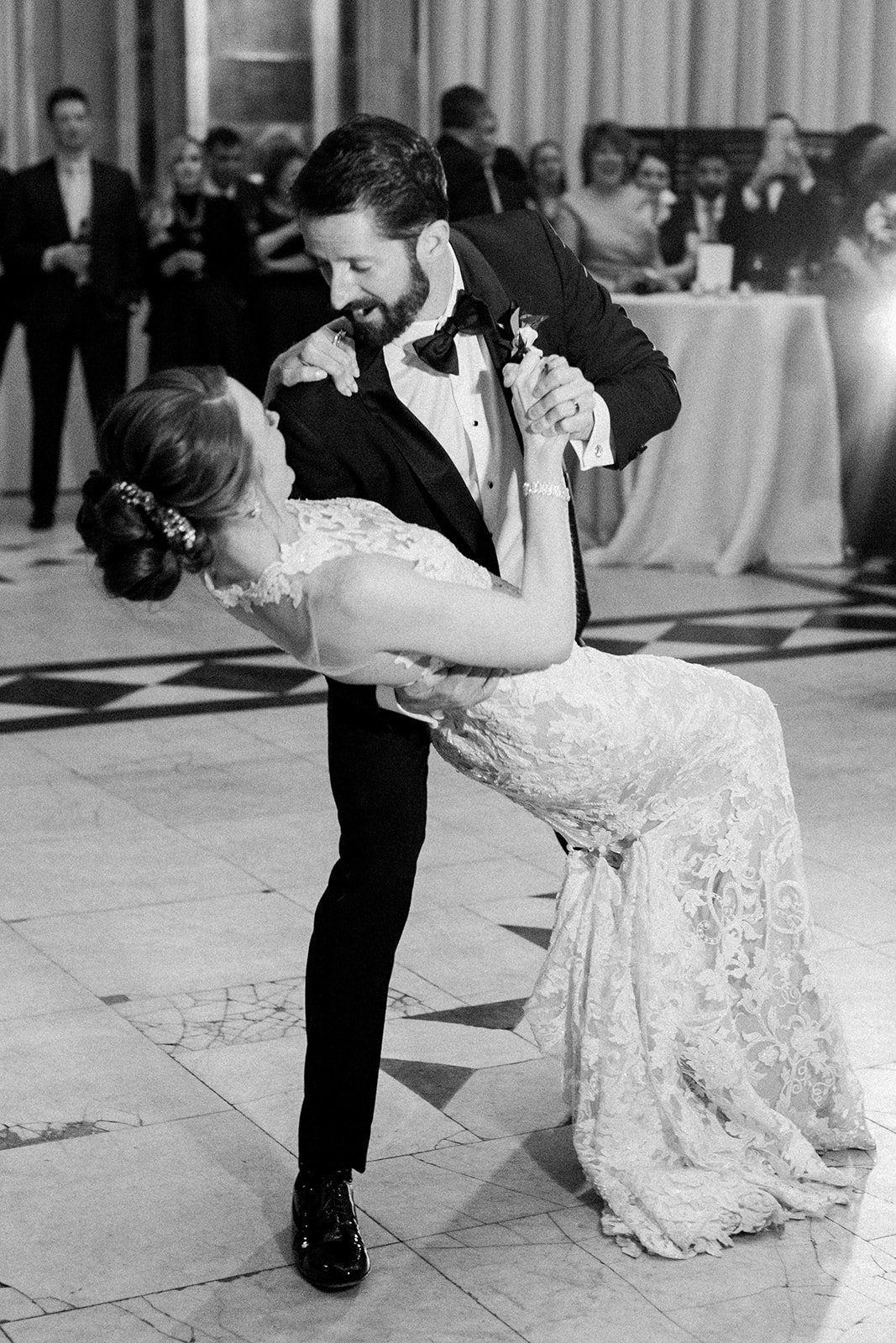 bride and groom first dance in black and white at the Pennsylvanian
