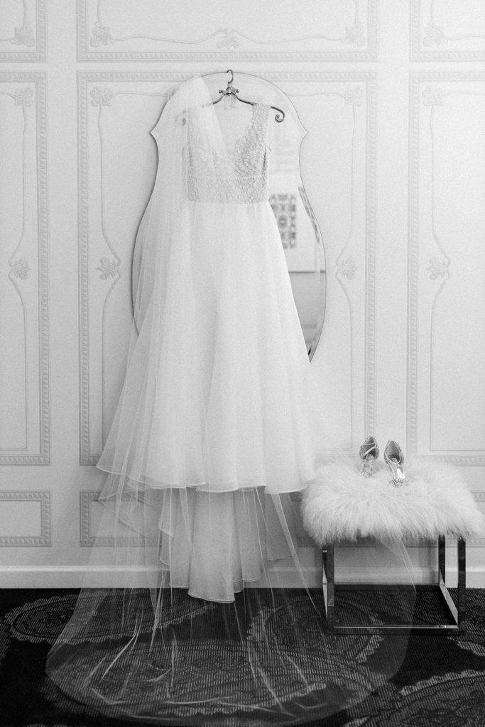 Daalarna Couture Wedding Dress: Romantic Mauve Carnegie Music Hall Wedding captured by Lauren Renee
