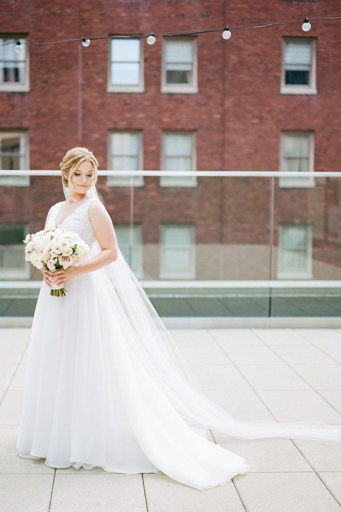 Bridal Portrait: Pittsburgh Wedding captured by Pittsburgh Wedding Photographer Lauren Renee