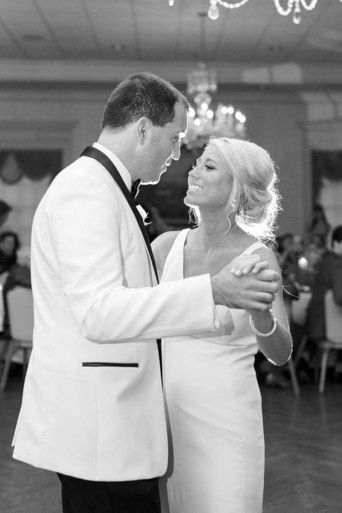 Pittsburgh Field Club Wedding by Pittsburgh Photographer Lauren Renee