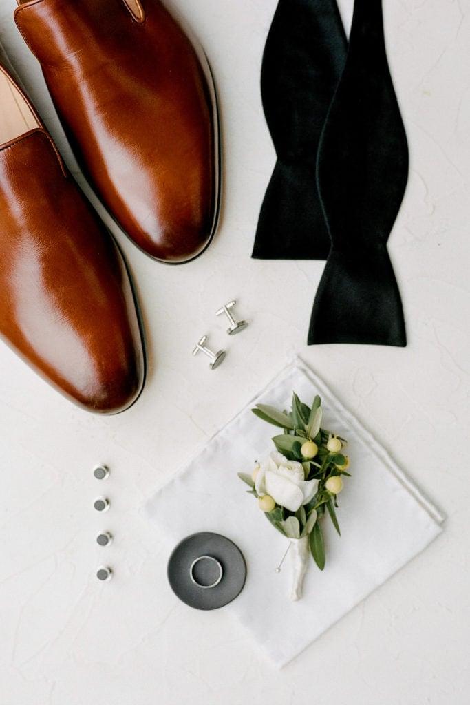 Grooms accessories: Outdoor Fall Seven Springs Wedding captured by Pittsburgh Wedding Photographer Lauren Renee