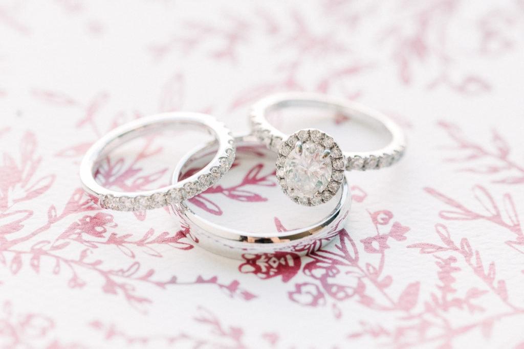 Wedding rings on Elli invitation insert