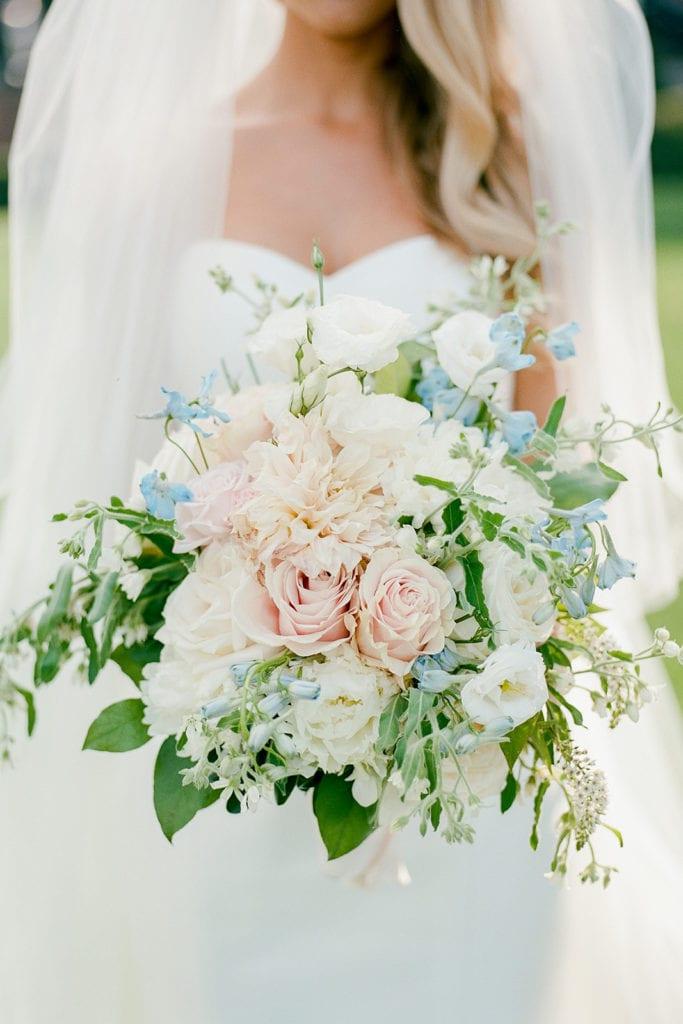 Soft colored wedding bouquet