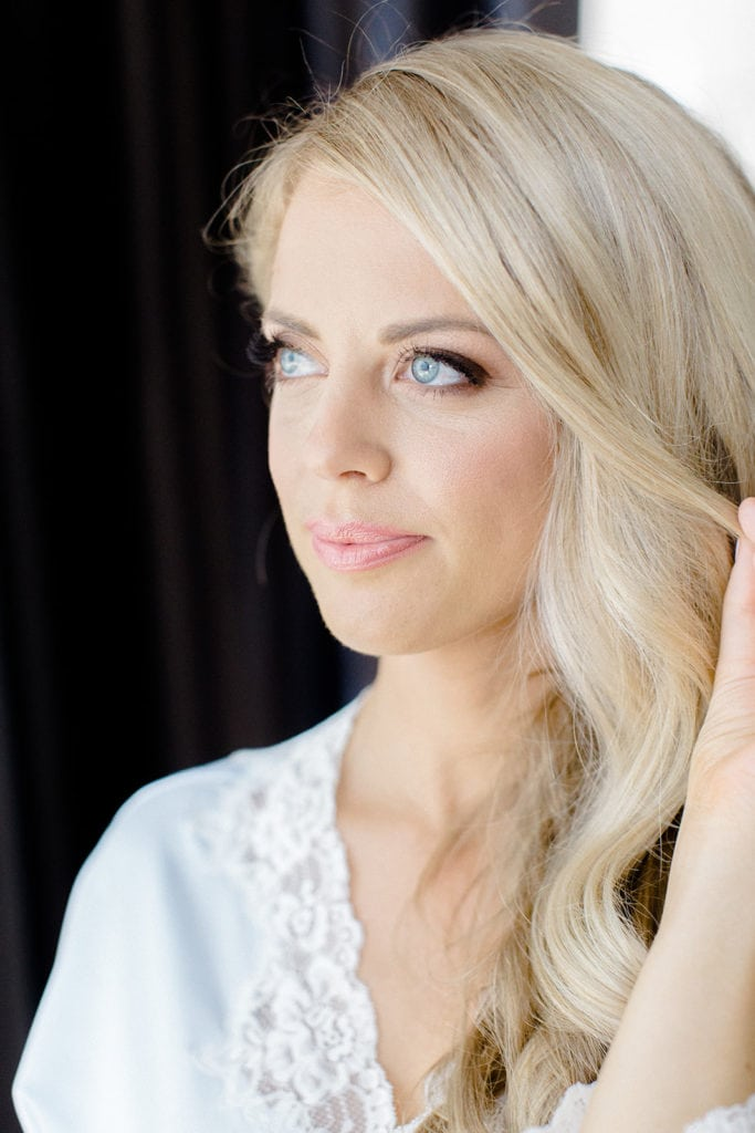 Soft yet glamorous bridal makeup by Hannah Conard Beauty