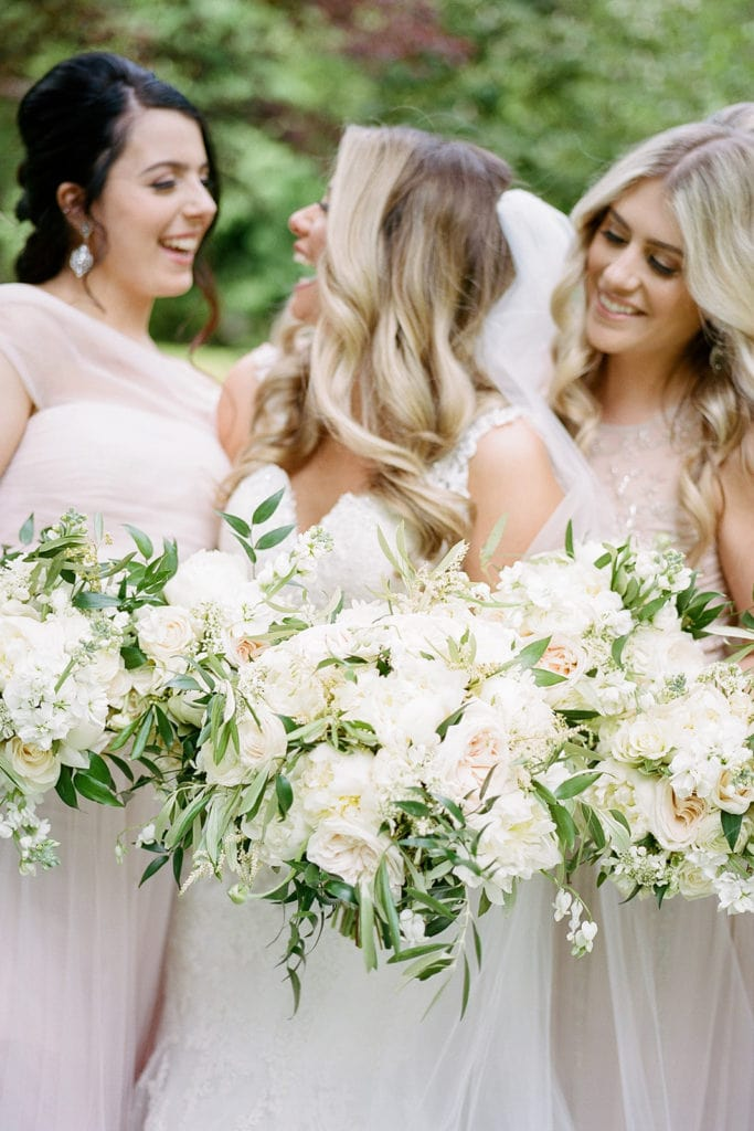 White wedding bouquets: Why You Should Hire a Hybrid Photographer by Lauren Renee