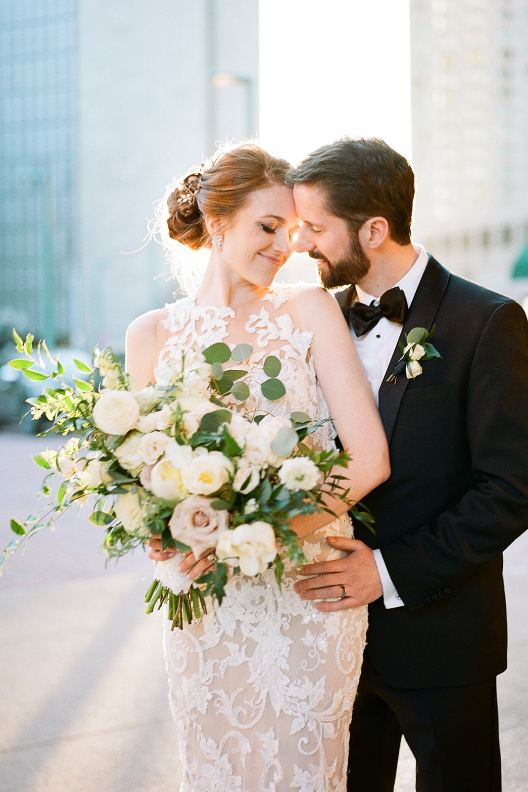 Pittsburgh wedding at The Pennsylvanian captured by Lauren Renee