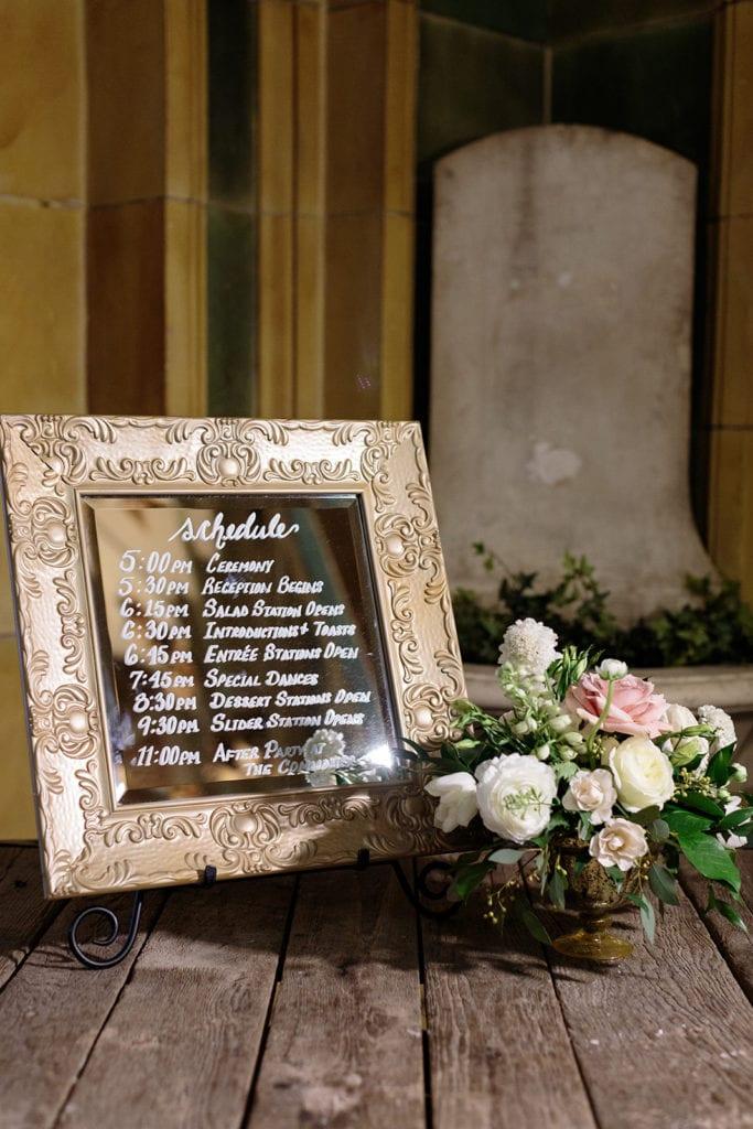 Gold framed weddingsign