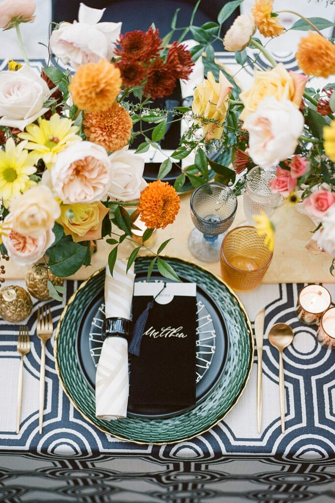 Chic and colorful wedding table setting