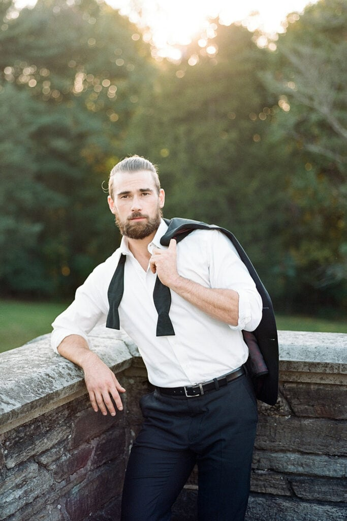 Undone groom's attire