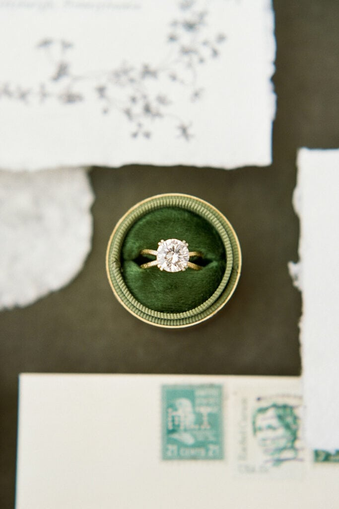 Velvet green wedding ring box
