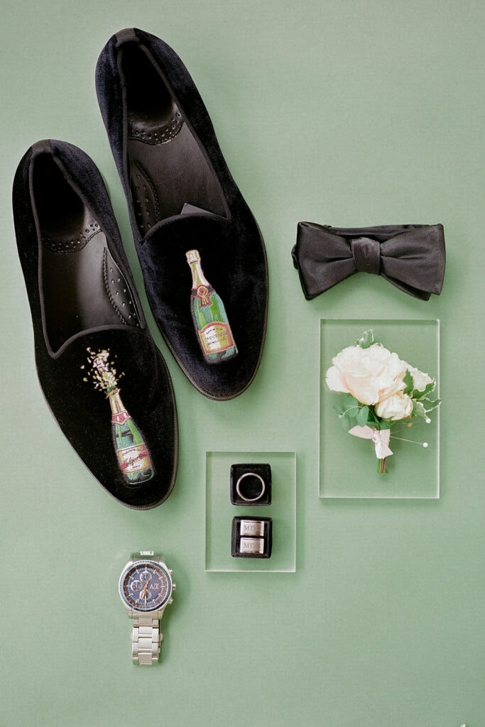 Groom's shoes with embroidered with champagne bottles
