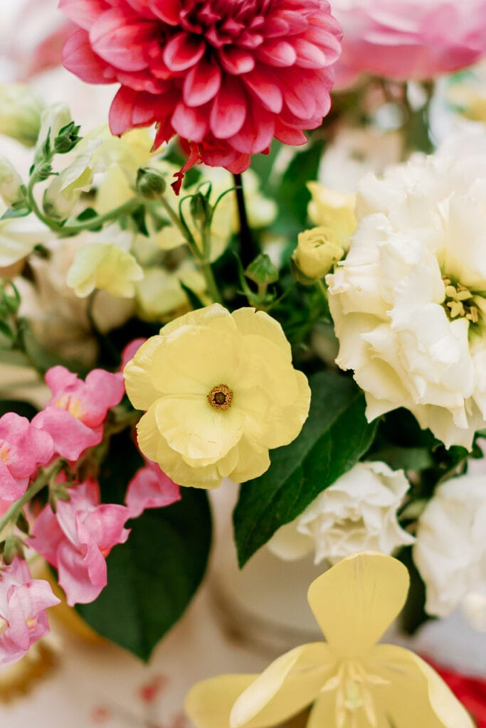May Chester Design Pittsburgh bridal shower flowers