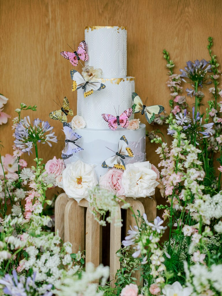 Garden wedding cake inspiration