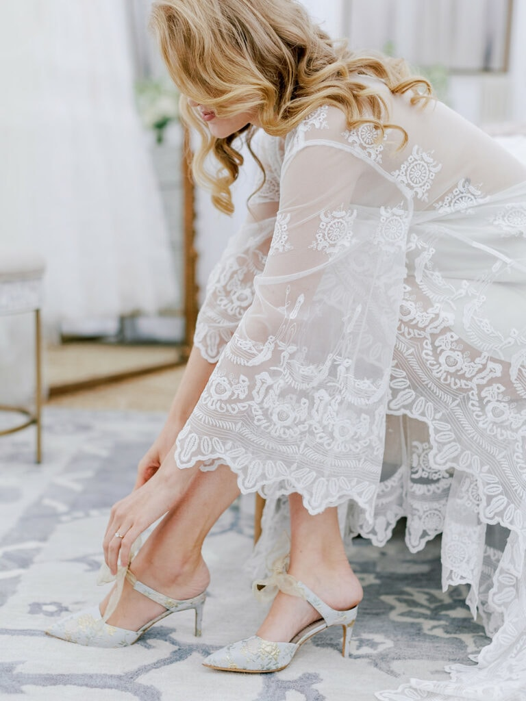 Embroidered bell sleeve bridal robe