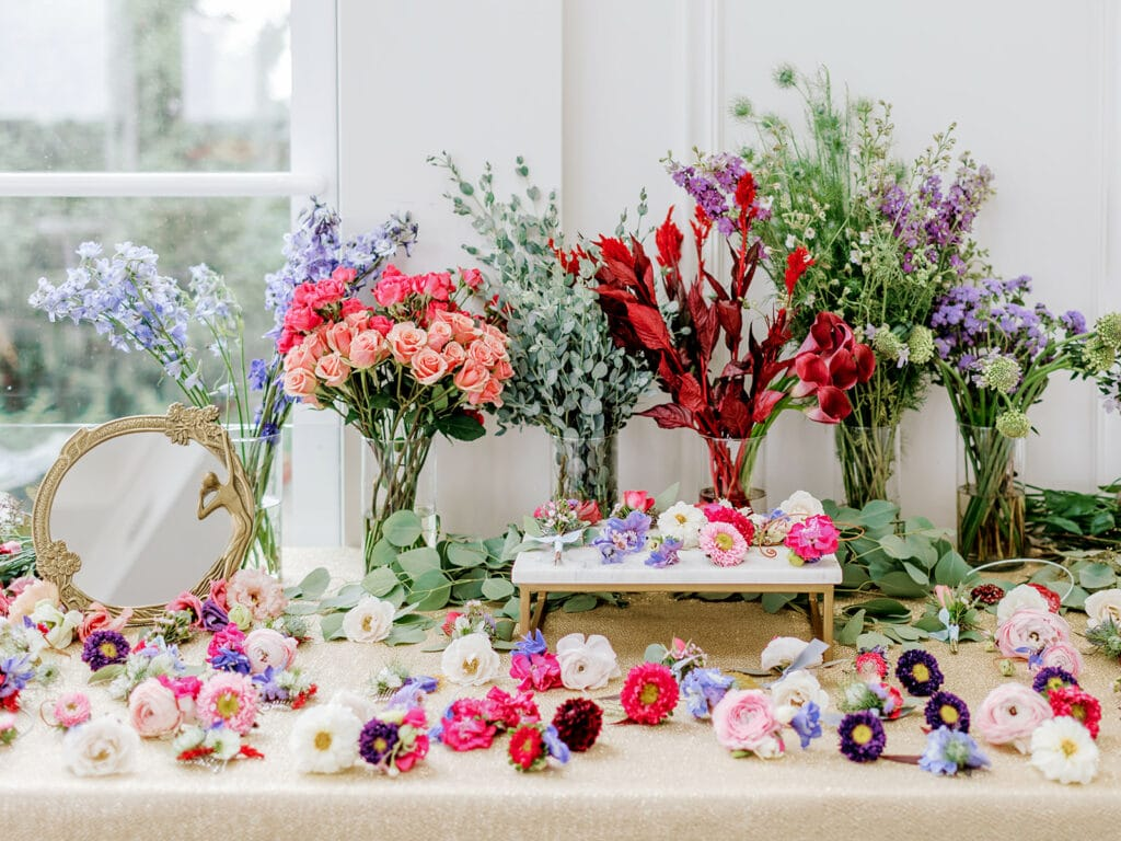 GreenSinner Pittsburgh wedding flowers